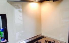吊戸棚なしのキッチンへ